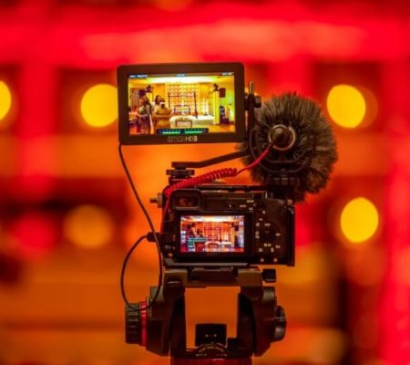 How to Drive Traffic to Your Business with Powerful Videos