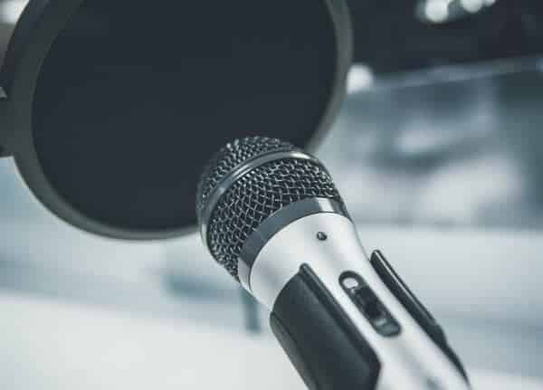 should i be using podcasts as a content marketing platform